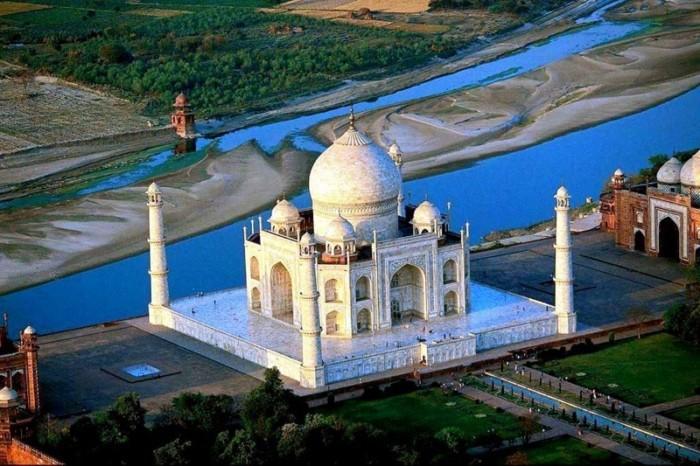 Taj Mahal - An Amazing Love Story 20