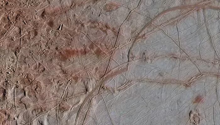 Scientists believe that Europa's underground ocean is habitable: The secrets that Jupiter's satellite hides 2