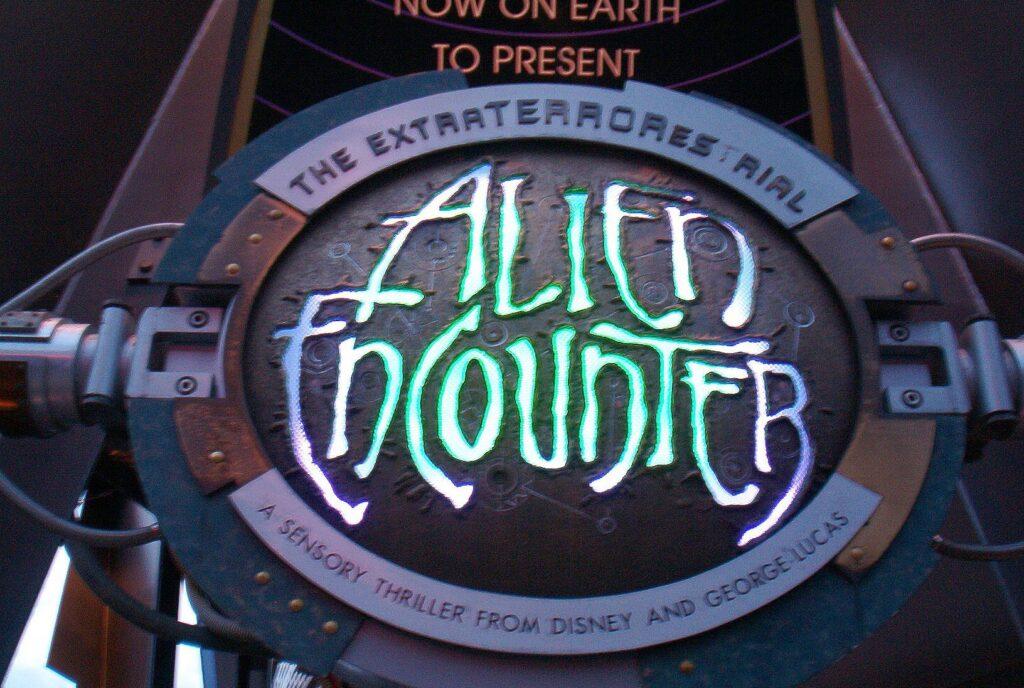 The lost UFO Documentary from Walt Disney Studios 1