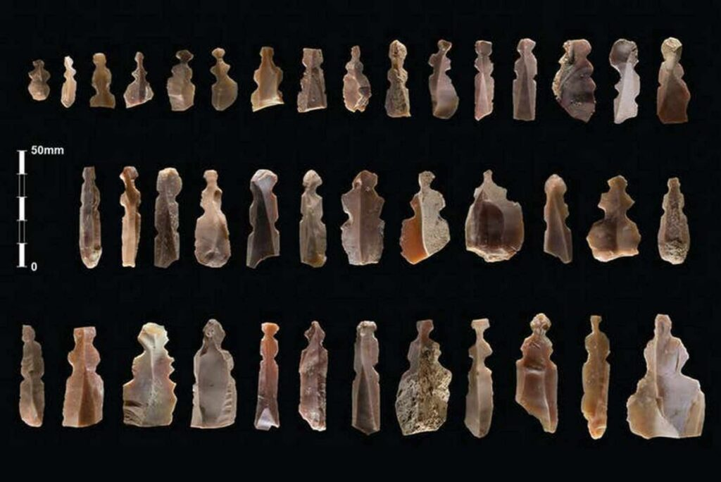 Figures of mysterious creatures found in 10,000-year-old graves in Jordan 2