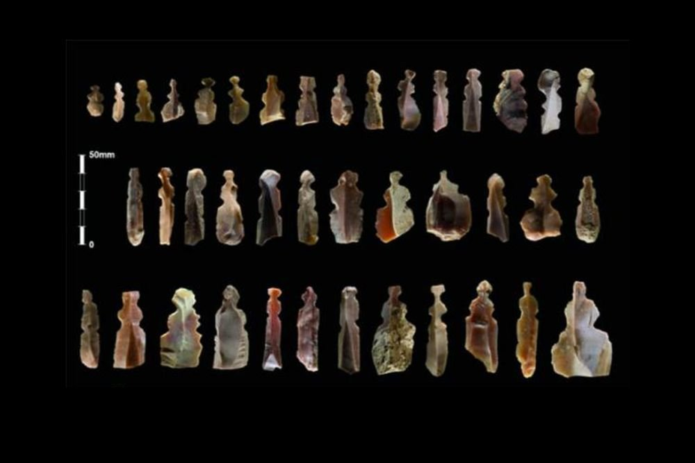 Figures of mysterious creatures found in 10,000-year-old graves in Jordan 10