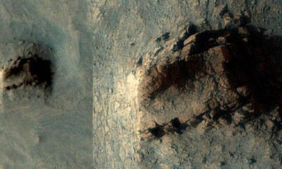 Ancient wall of megalith ruins found on Mars 120