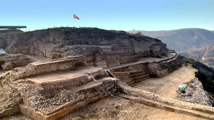 Ancient pyramid found in China- the same age as the Great Pyramid in Egypt 1