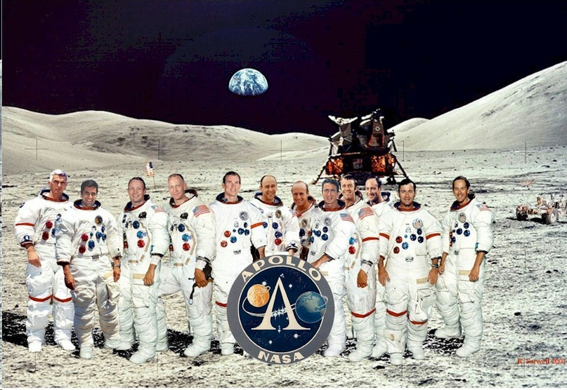 It is often forgotten that there was more than one flight: during the Apollo program, twelve Americans visited the moon (and yes, this photo, of course, is a montage)