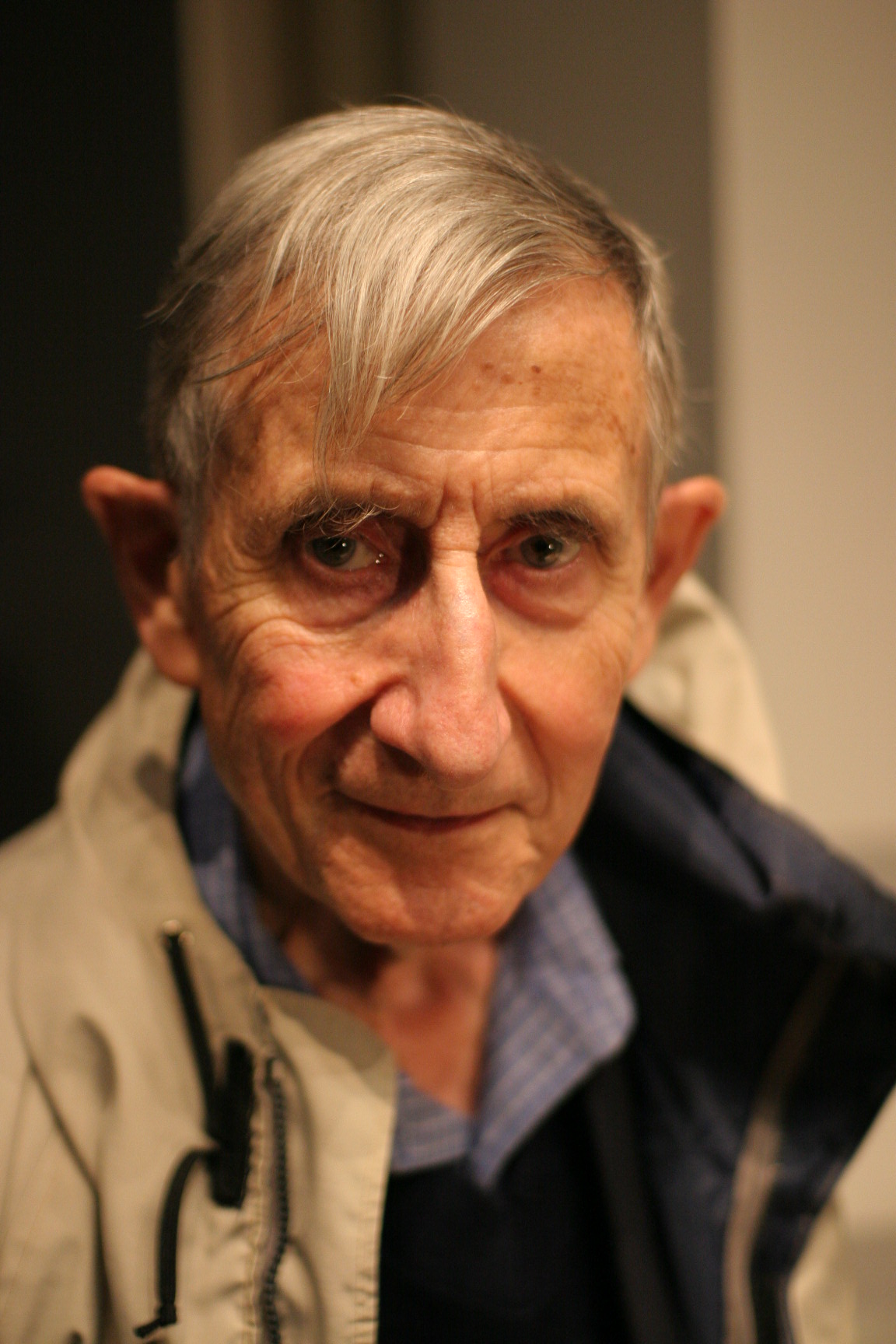 Freeman Dyson and his gigantic sphere 89