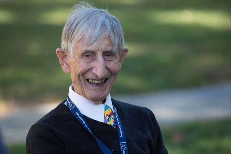 Freeman Dyson and his gigantic sphere