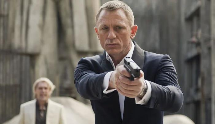 """British special agents renewed """"license to kill"""" 1"""