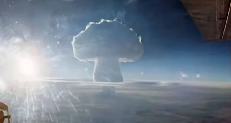 Declassified video of the explosion of the most powerful bomb in the world 86