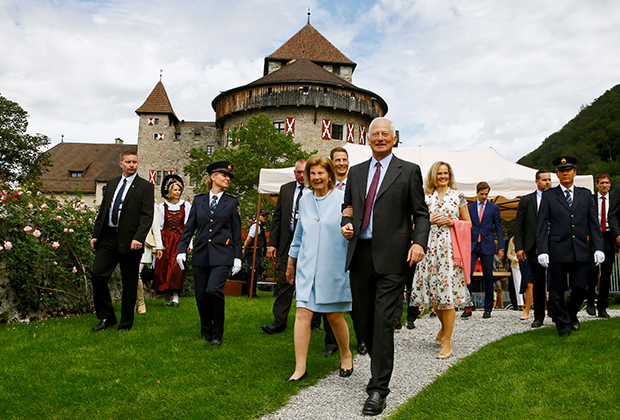 Prince of Liechtenstein Hans-Adam II and his wife Maria at the celebration of the 300th anniversary of Liechtenstein at Vaduz Castle