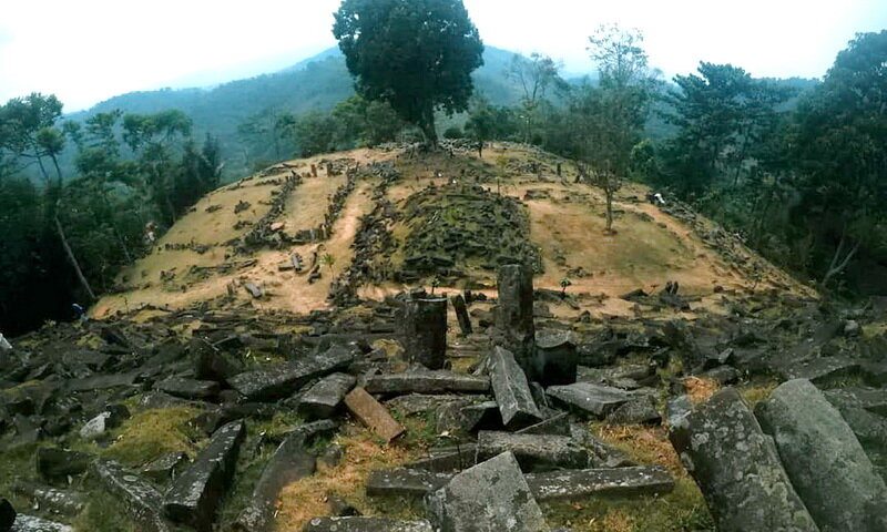 Gunung Padang - who built the oldest structure on Earth 4