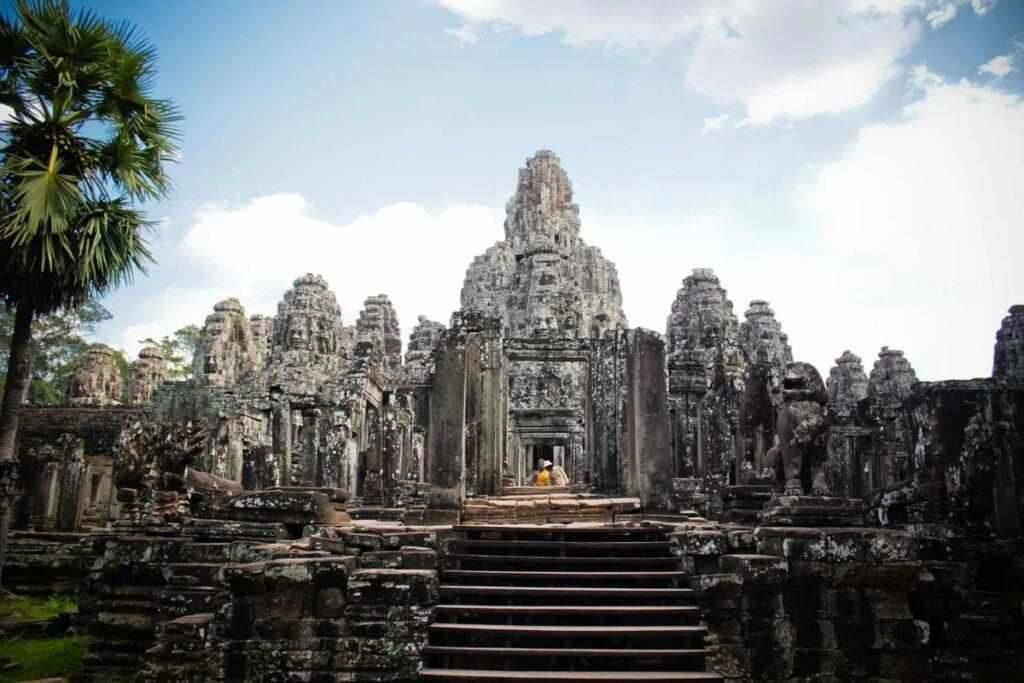 What secrets and mysteries of Angkor baffle modern scientists? 5