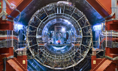 Cern Scientists Plan an Impressive Experiment - They Will Come Into A Parallel Universe 90