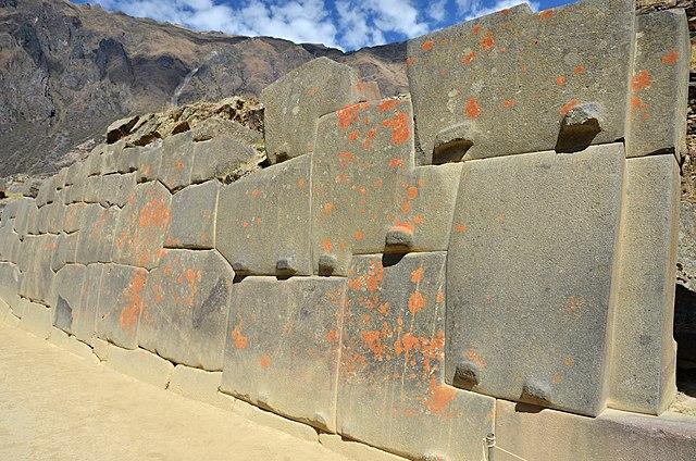 polygonal masonry in Ollantaytambo, Peru
