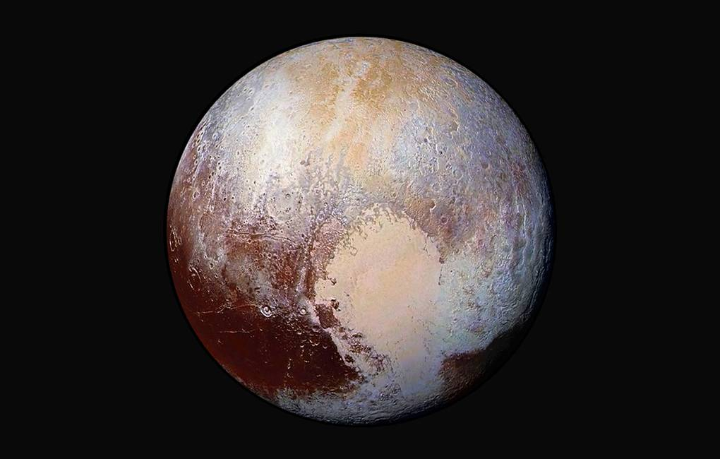 Methane snow found on the tops of Pluto's equatorial mountains 86