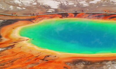 "Volcanologists discover ""domed magma uplift"" in the Yellowstone caldera 89"