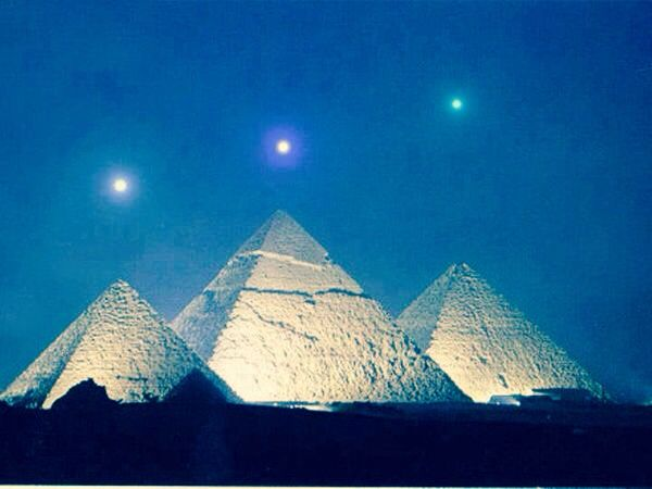 ORION : EGYPT - Orion's Belt stars Alnitak,Alnilam and Mintaka as seen  moving towards the zenith from the pyramids of Giza, Egypt