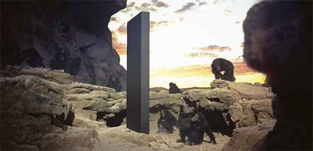 A mysterious metal monolith found in the Utah desert canyon 89