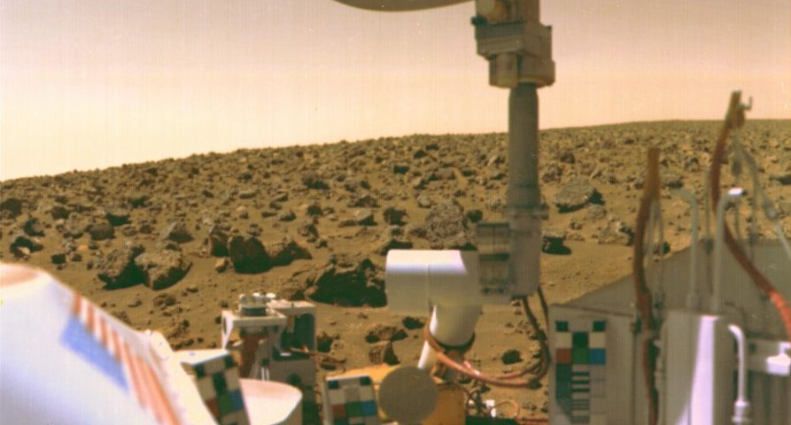 We've been deceived for 40 years. NASA scientist told how they found life on Mars 99
