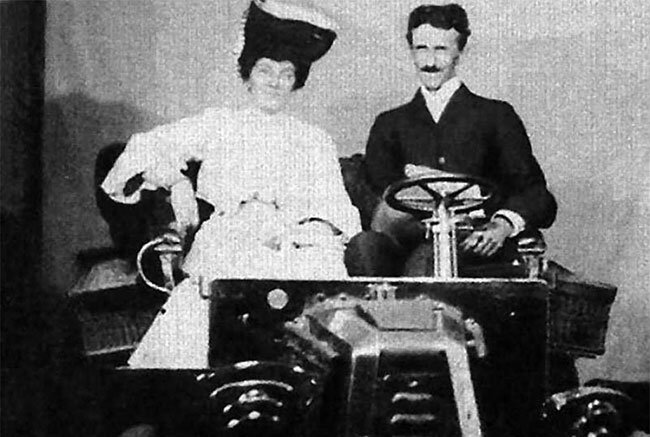 "Tesla invented a device like ""perpetual motion machine"" and tested it in a car."