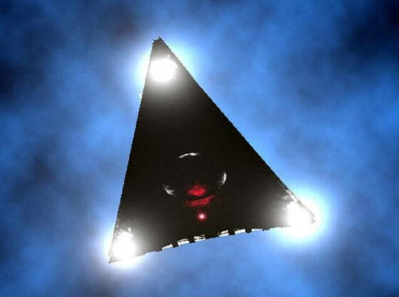 Another TR-3B? Huge triangular UFO flew over New York 86