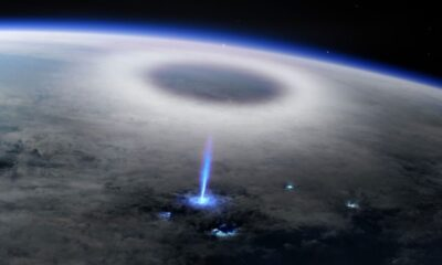 An abnormal phenomenon on Earth captured from space: NASA and ESA have never seen such lightning 40