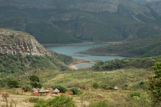 Mysterious Lake Funduji: why you can't take water from this African lake 94