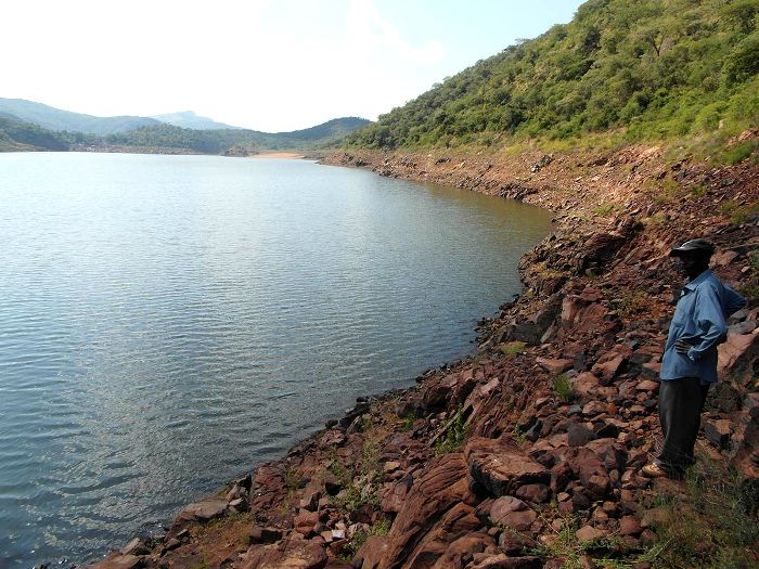 Mysterious Lake Funduji: why you can't take water from this African lake 95