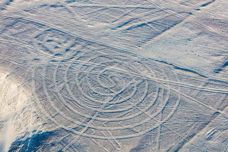 The mystery of the Nazca geoglyphs: they can be a spaceship landing pad or a water delivery complex 92