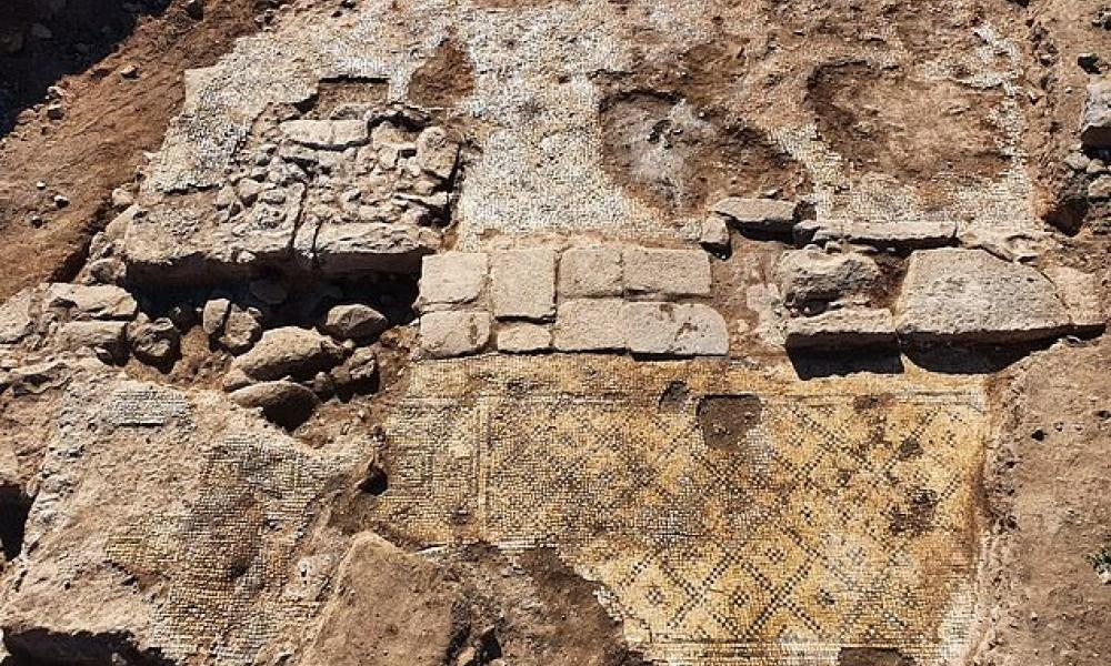 An ancient Greek inscription of 1,500 years dedicated to Christ was discovered in Israel 17