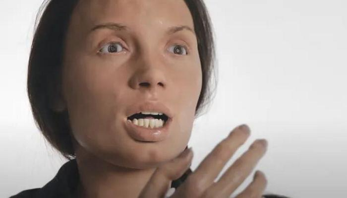 Cleo, the creepy automata: humanoid robot singer looks like a nightmare 1
