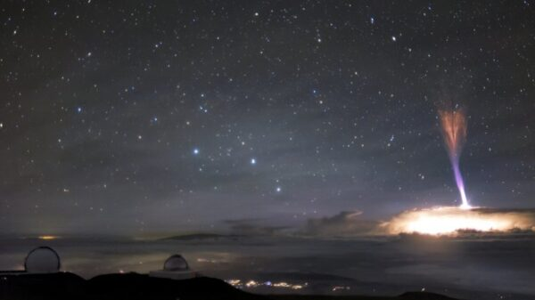 In Hawaii, two rare phenomena in the sky were noticed at once 7