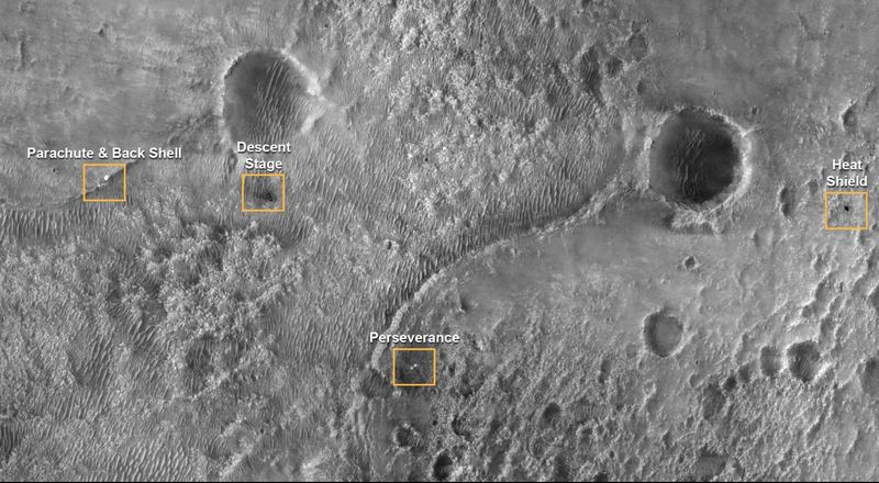 Strange objects captured by the camera of the Perseverance rover 7