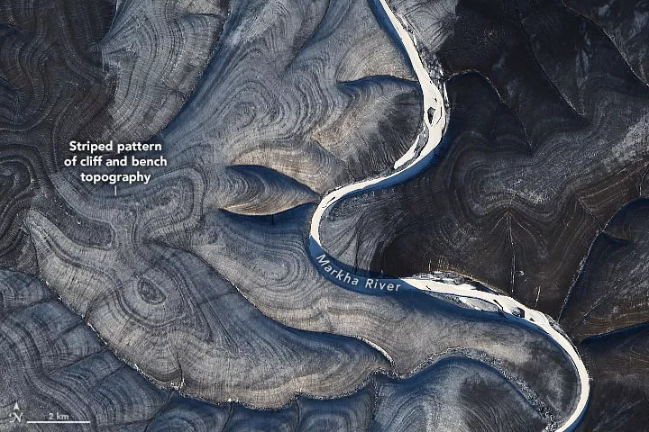 NASA finds mysterious stripes on satellite images over the Russian Arctic 2