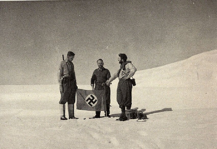 What the Antarctica ice is hiding: details of the secret expedition of the Nazis to the White continent revealed 2