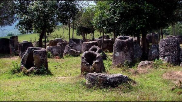 Laos miracle: the mystery of the Valley of stone jugs unraveled 23