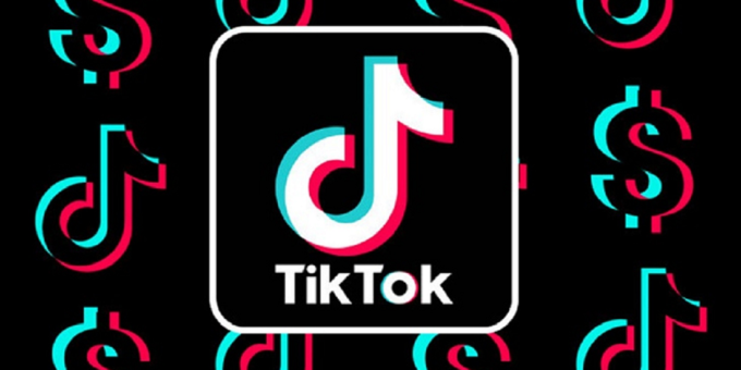 "TikTok security ""holes"" as specific tools of the Red Queen? 8"