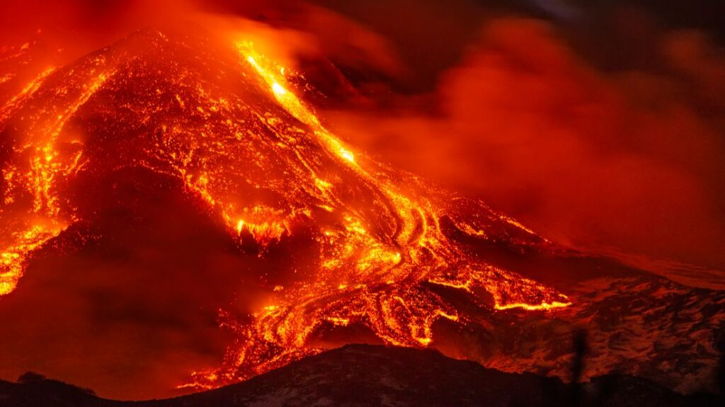 Nightmare trio: supervolcanoes capable of destroying life on Earth amassing power 1