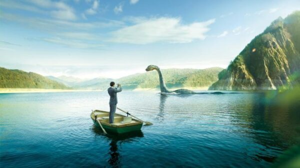 Experts have found a clue to the origin of the Loch Ness monster: common optical illusion? 8