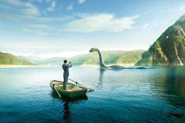 Experts have found a clue to the origin of the Loch Ness monster: common optical illusion? 3