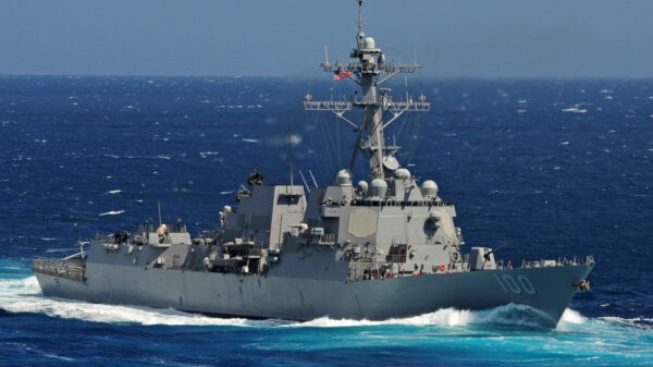 Mysterious Tic Tac-Shaped UFO's scared the crews of US warships for several days 24