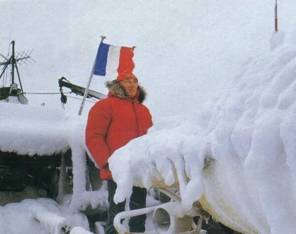 Jacques Yves Cousteau's mysterious expedition to Antarctica. What happened there? 3
