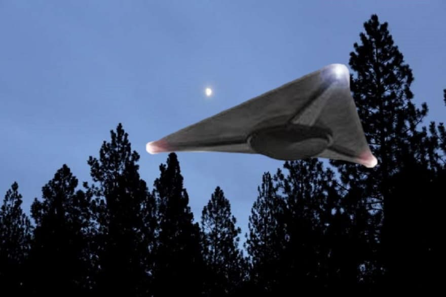 Footage circulated online of triangular UFOs hovering over a US Navy destroyer 3