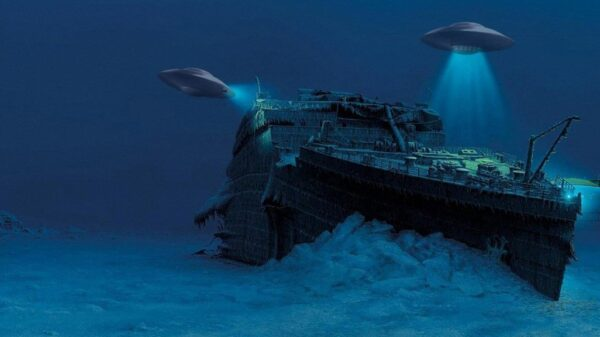 """A scientist put forward the version that the """"Titanic"""" was sunk by aliens 8"""