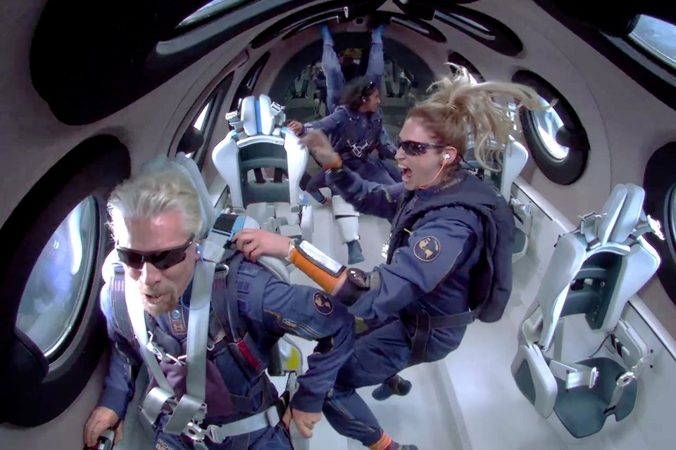 Branson and Bezos crash space tourism prices 1