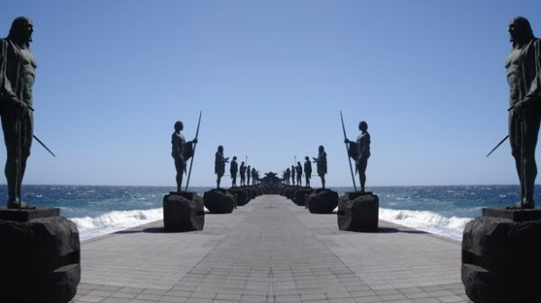 Atlantis, monsters and killer waves: mysteries of the deep sea 53