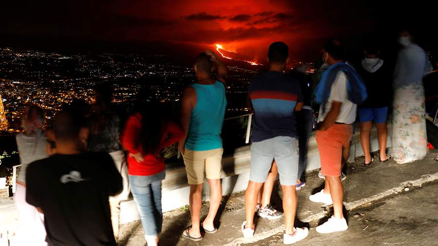 Famous Russian Intellect warns: La Palma volcanic eruption may pose a threat to Western Europe 1