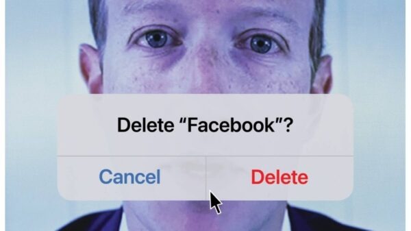 """Zuckerberg is featured on Time's cover with the words """"Delete Facebook?"""" after the biggest disruption in the history of social networks 8"""