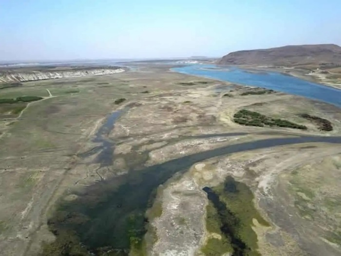 Premonition of conflict. China, US and Taiwan: Euphrates River is Drying Up - Just in Time for Armageddon 4